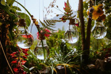 The Bulb Vase DIY